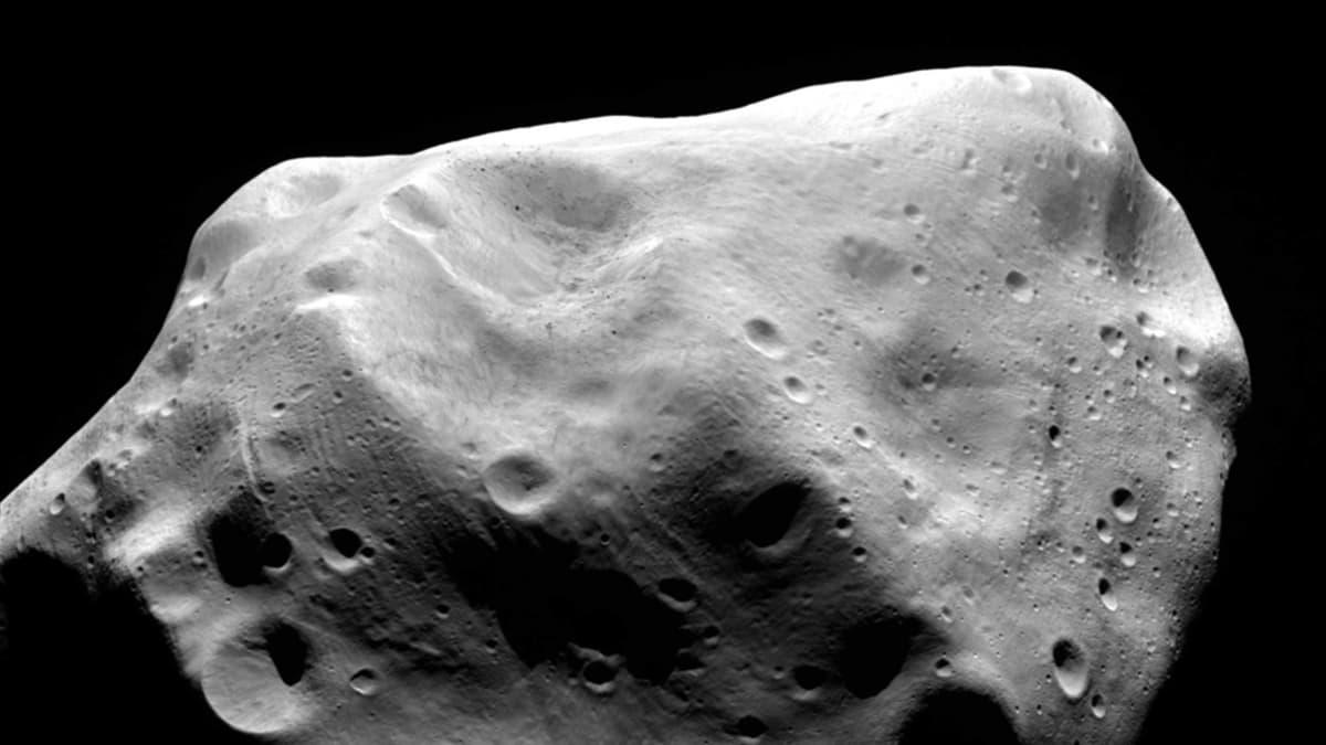 Asteroidi Lutetia.