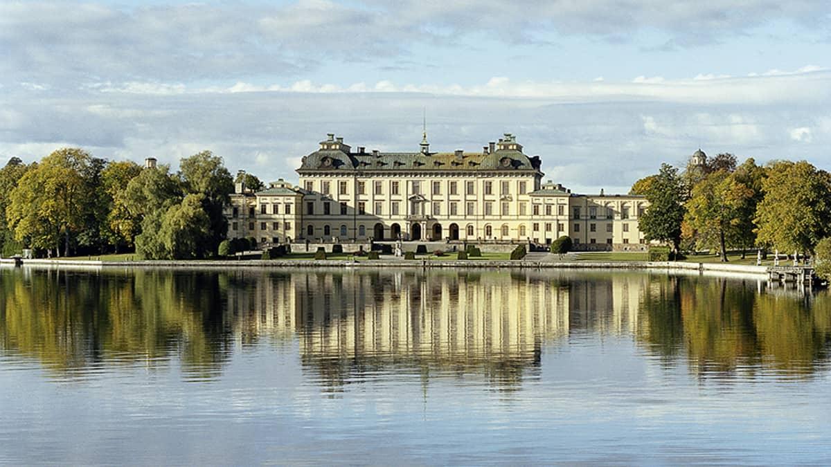 Drottningholmin linna.