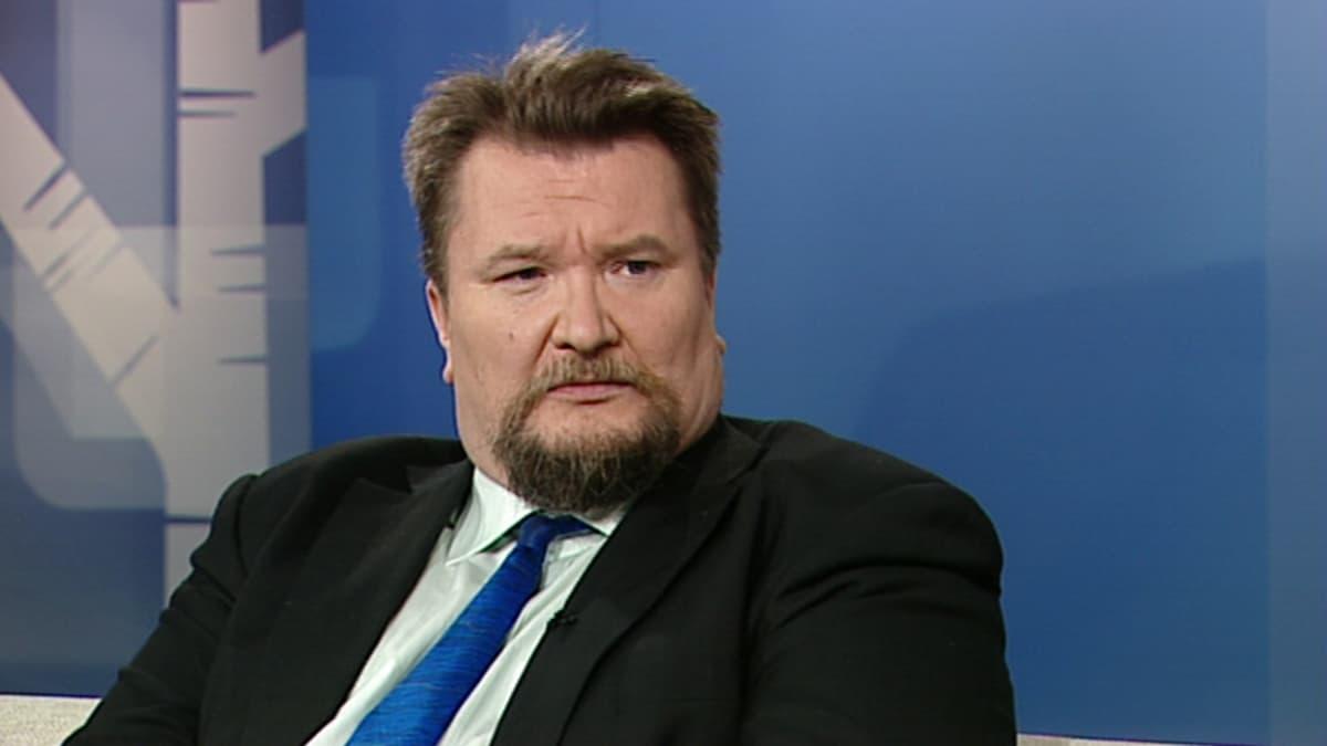 Helsingin yliopiston dosentti Arto Luukkanen.