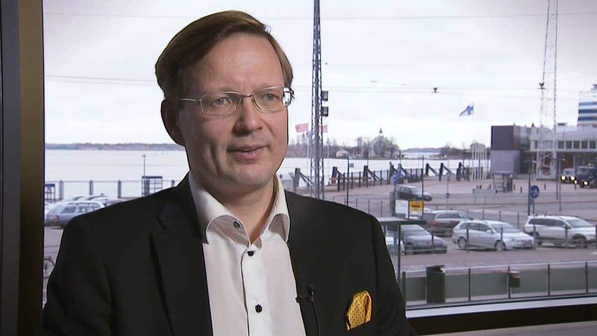 EK:n johtava asiantuntija Vesa Rantahalvari.
