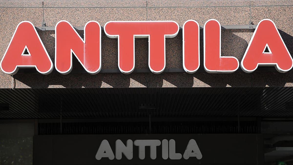 Anttila-tavaratalon kyltti.