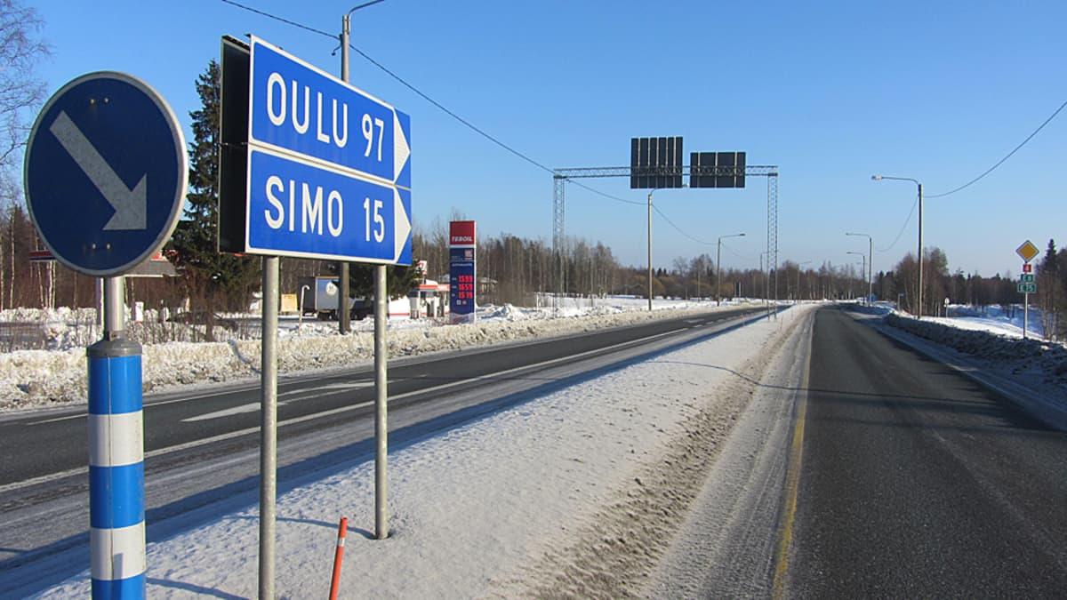 Nelostie Kemin ja Oulun välillä