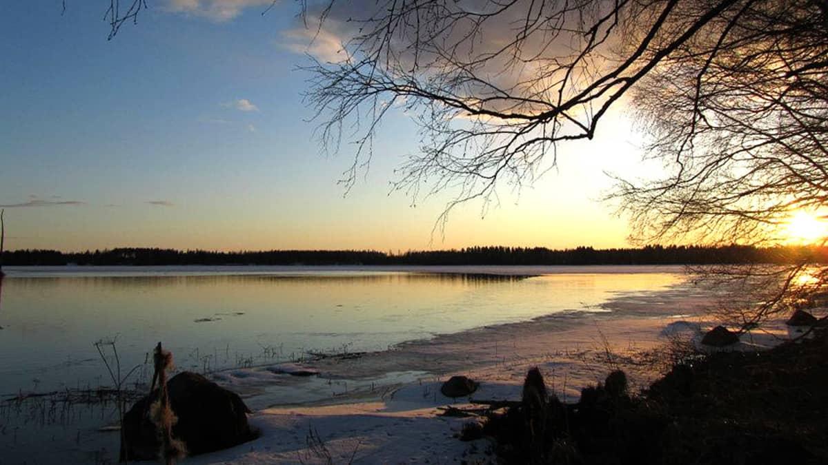 Kiikoisjärvi huhtikuussa 2012