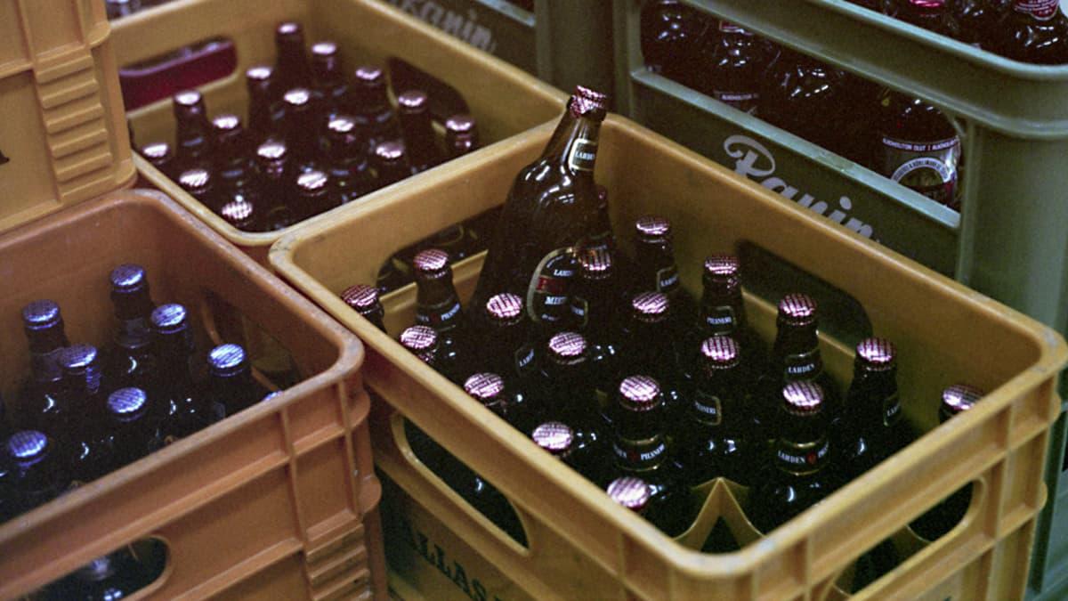 Olut oli suosituin alkoholijuoma vuonna 1975.
