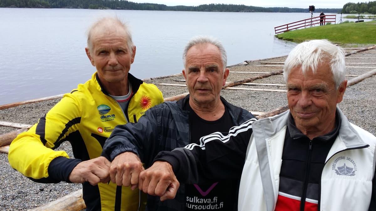 Hannu Pasanen, Raimo Virta ja Risto Virta ovat ainoat alkuperäiset Sulkavan soutajat.