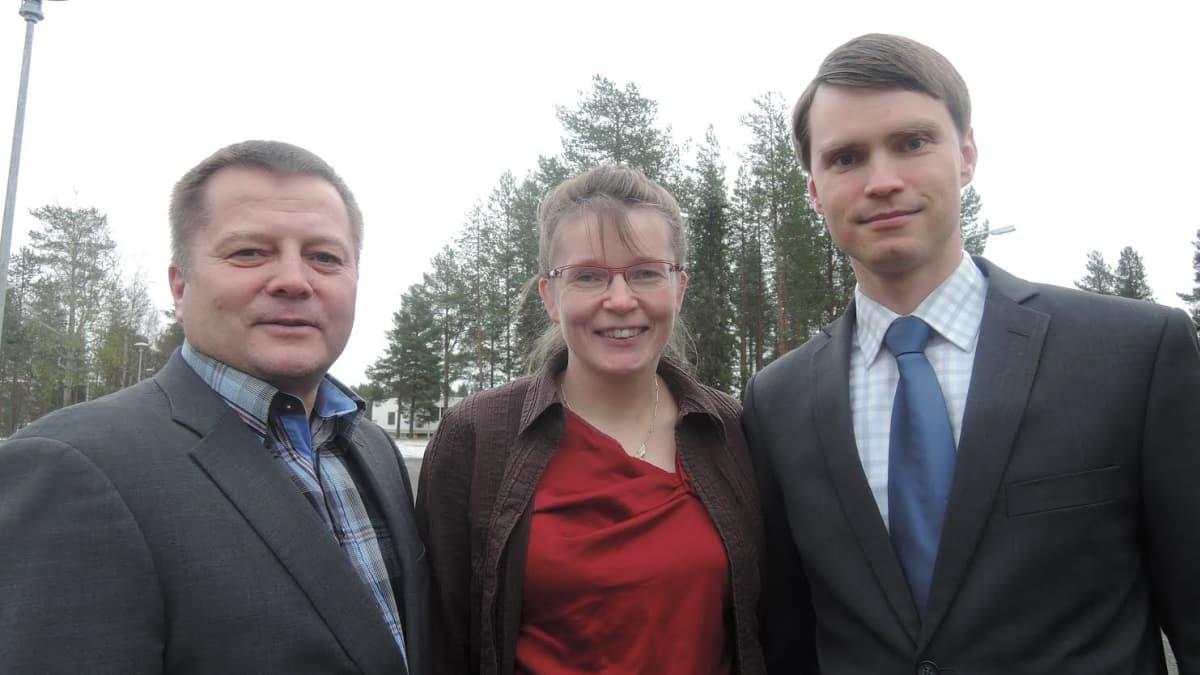 Lapin kansanedustajat Markus Mustajärvi, Eeva-Maria Maijala ja Heikki Autto