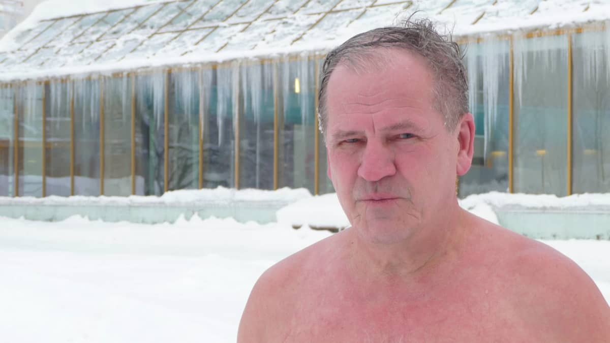Kalevi Juvonen, avantouimari.
