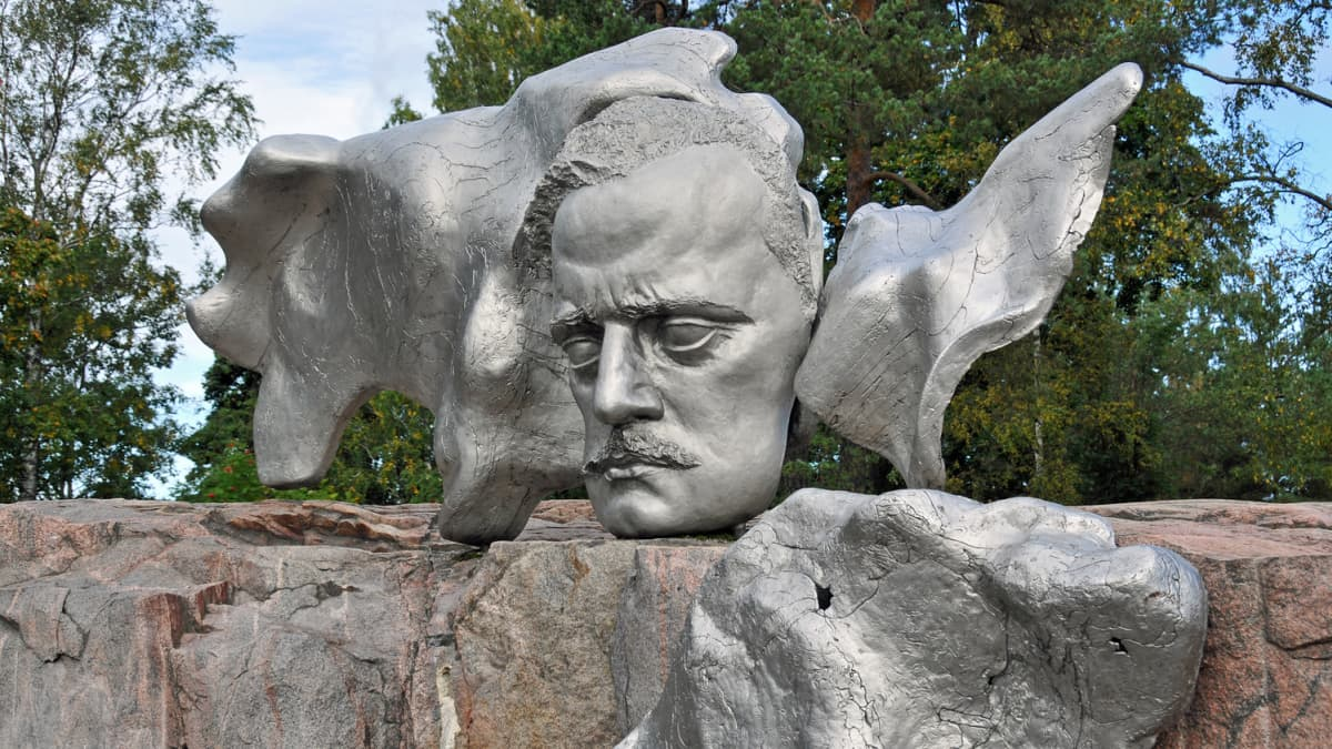 Sibelius-monumentin kasvot.