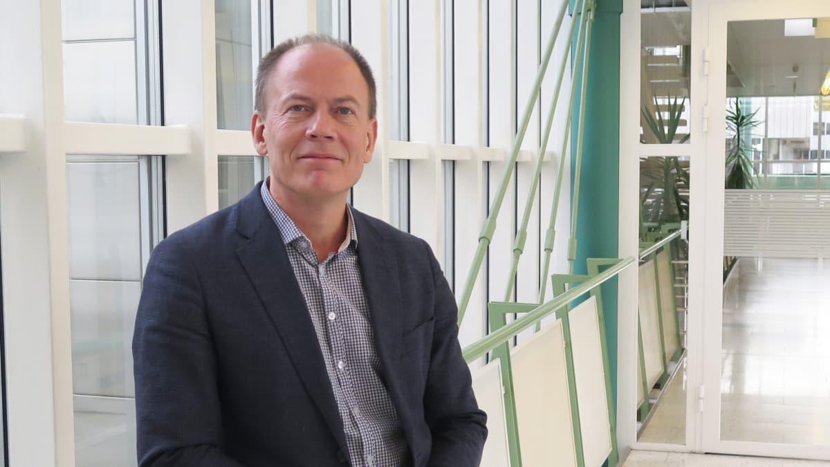 Tampereen yliopiston kunnallispolitiikan professori Arto Haveri