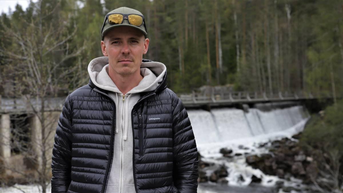 Jasper Pääkkkönen Lahnakosken padolla