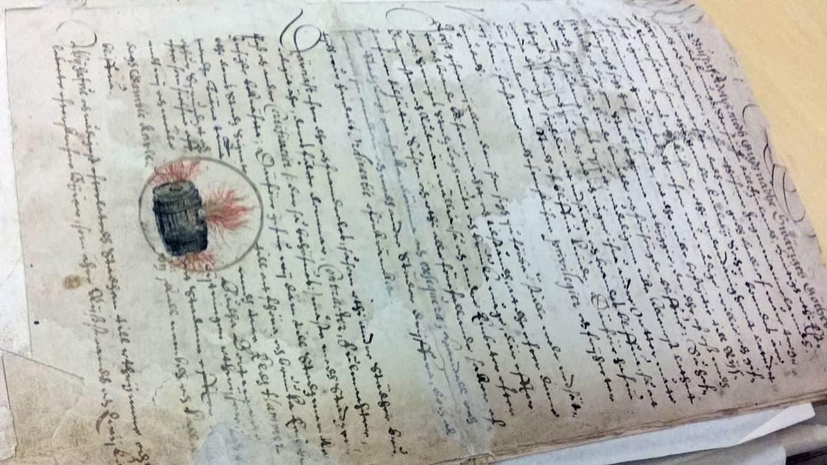 Kuvassa Kokkolan kaupungin perustamisasiakirja vuodelta 1620
