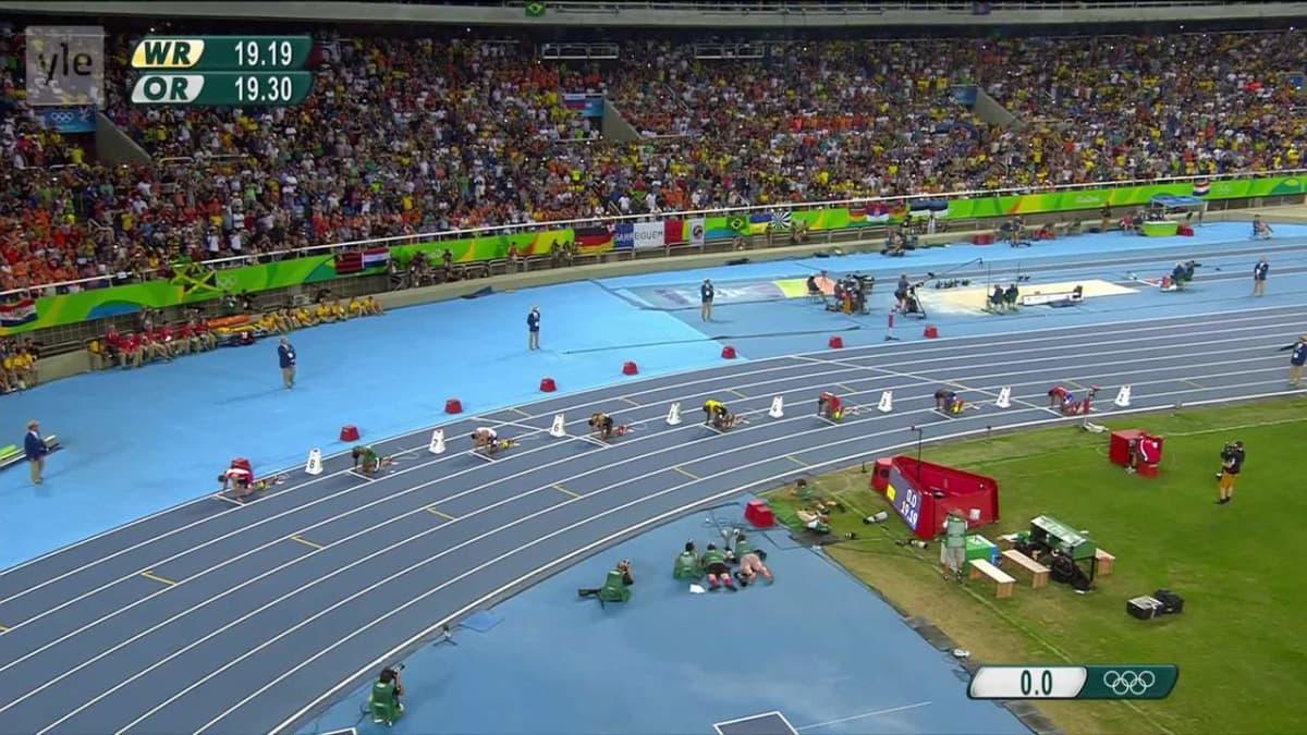 """Rion olympialaiset: """"Laiska"""" Bolt hämmentyi kilpakumppaninsa tempusta: """"Mitä ihmettä teet, tämähän on vasta semifinaali"""""""