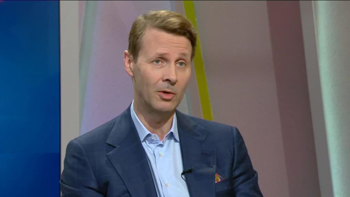 Ylen aamu-tv: Risto Siilasmaa mentoroi nuorille töitä