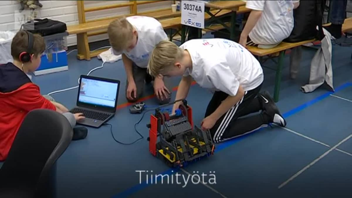 Yle Uutiset Häme: Robotiikan SM-kisat Riihimäellä