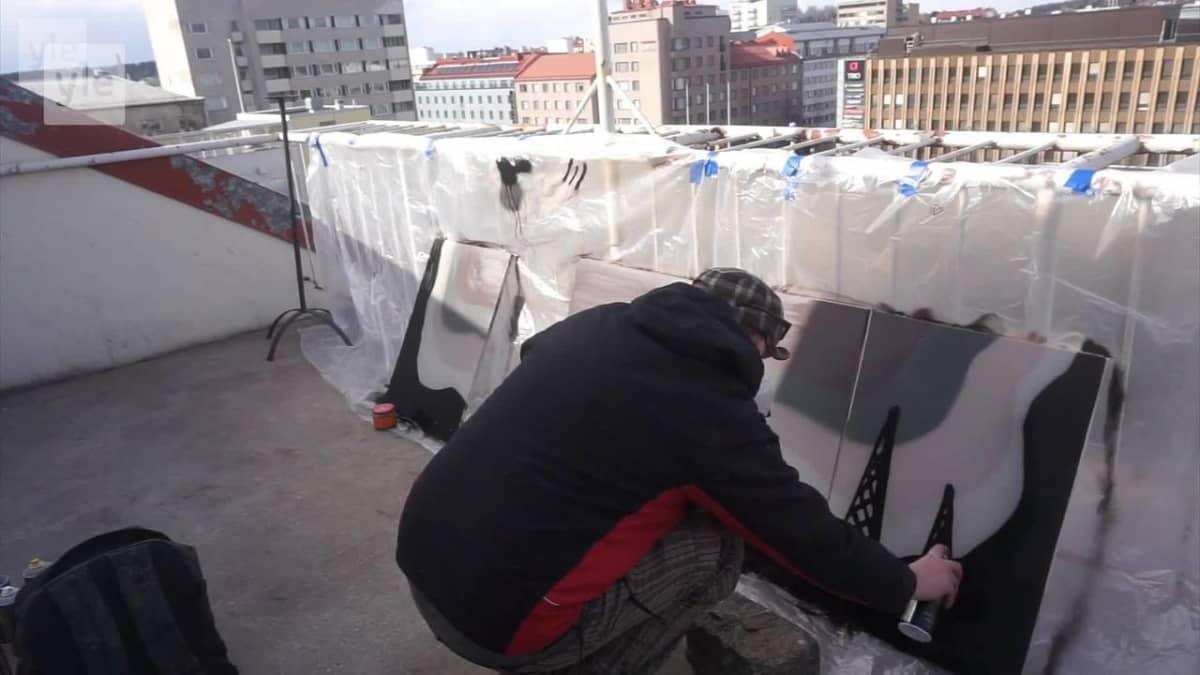 Graffititaiteilija ryhtyi tekemään keittiöremontteja