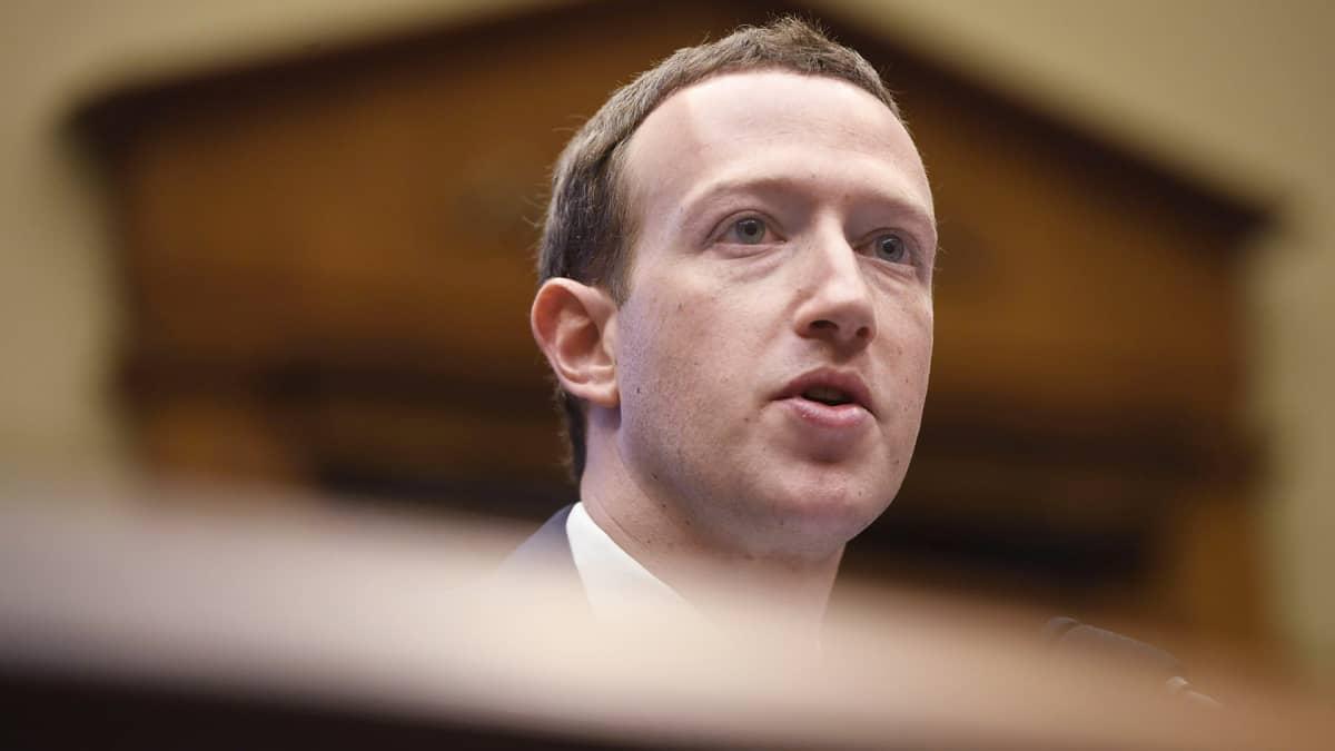 Zuckerberg euroedustajien tentissä - onko Facebook sekaantunut eurooppalaisiin vaaleihin?