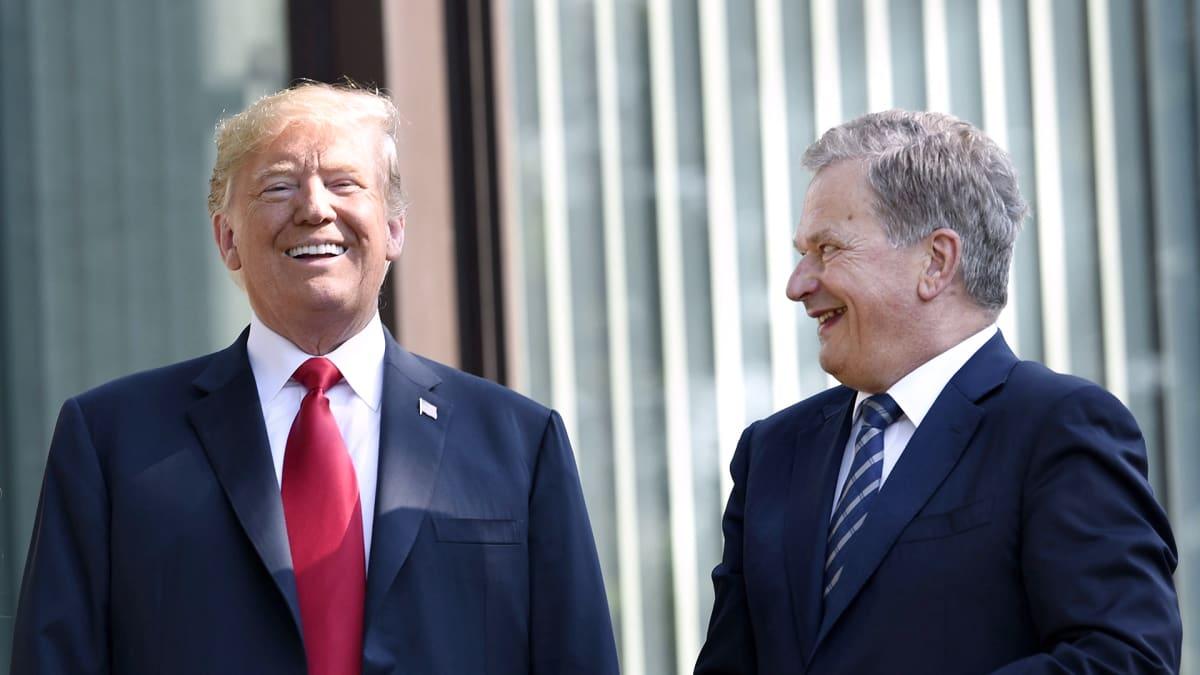 Yhdysvaltain presidentti Donald Trump saapui Mäntyniemeen ja kehui Suomea