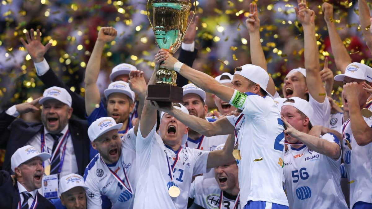 Maalikooste: Suomi salibandyn maailmanmestaruuteen