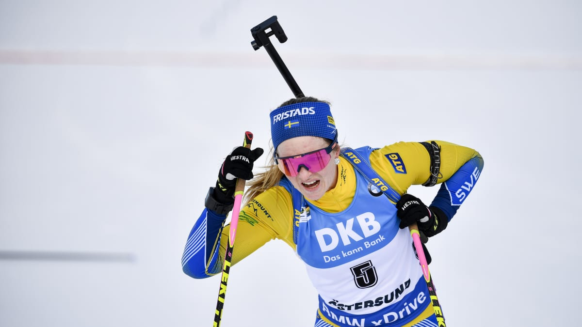 Yllätysmitalissa kiinni ollut Ruotsin Mona Brorsson jäätyi täysin viimeisellä ampumapaikalla