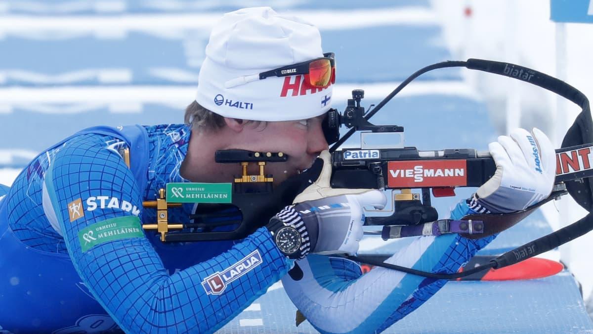 Suomen miesten MM-viesti kaatui ensimmäisellä ampumapaikalla