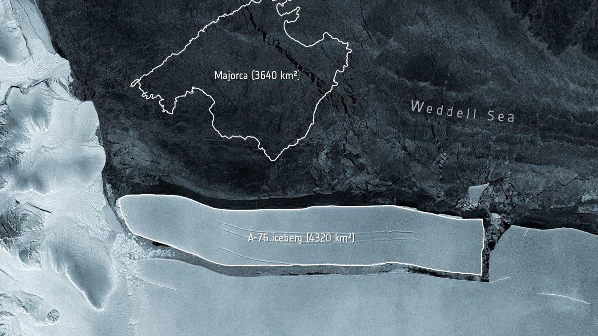 Suurikokoinen jäälaatta on irronnut Etelänmantereelta