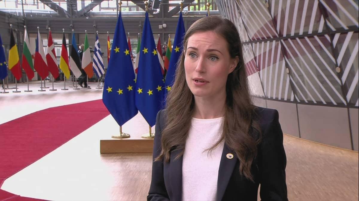 Pääministeri Sanna Marin EU-huippukokouksessa: Dialogin jatkuttava