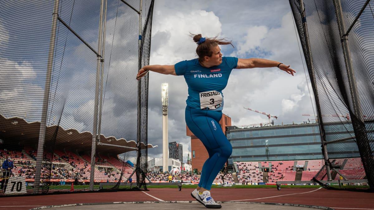 Helena Leveelahti heitti nuorten EM-hopeaa
