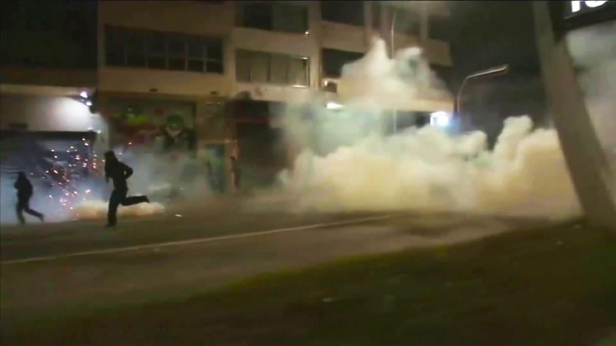 Mielenosoittajat ottivat yhteen poliisin kanssa São Paulossa