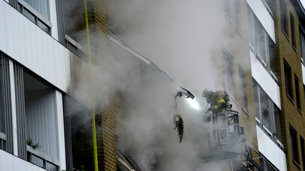Göteborgissa räjähdys kerrostalossa
