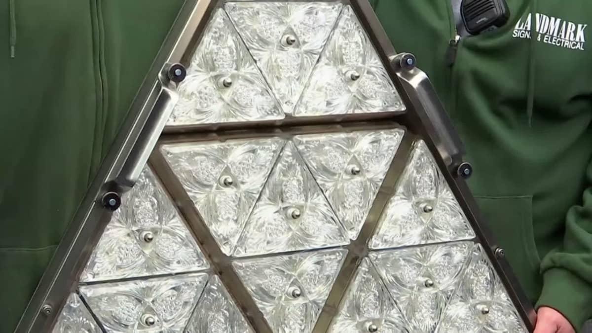 New Yorkin uudenvuodenpalloa kiillotetaan