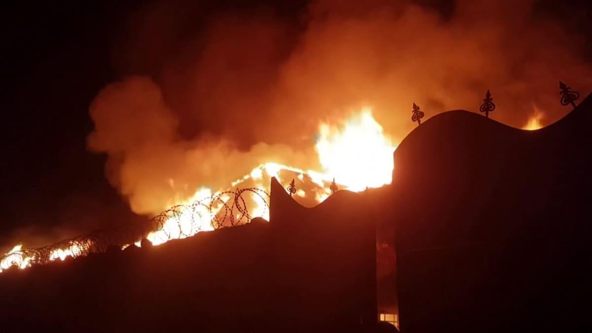 Nyiragongon tulivuori purkautuu Kongossa