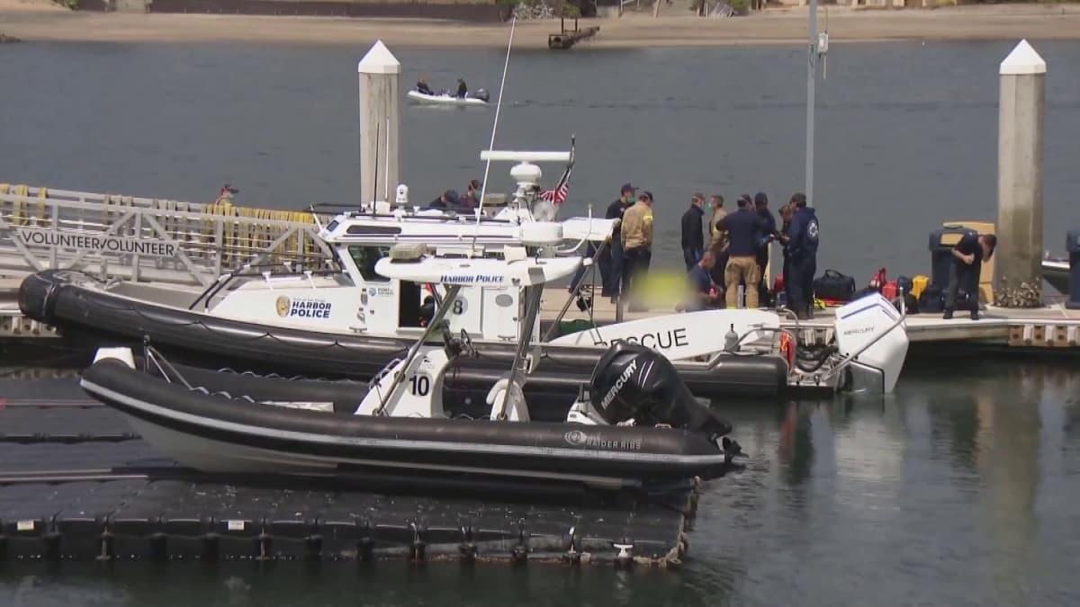 Siirtolaisten salakuljettamisesta epäilty vene kaatui San Diegon edustalla