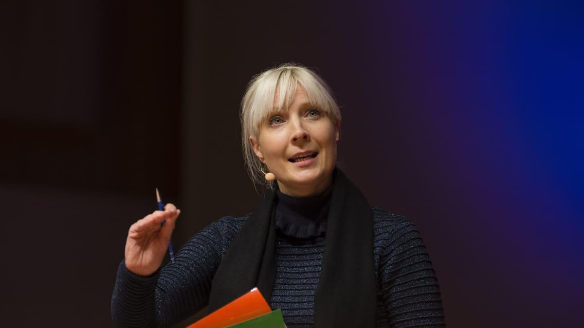 Presidenttiehdokas Laura Huhtasaari, Madetojan sali, Oulu