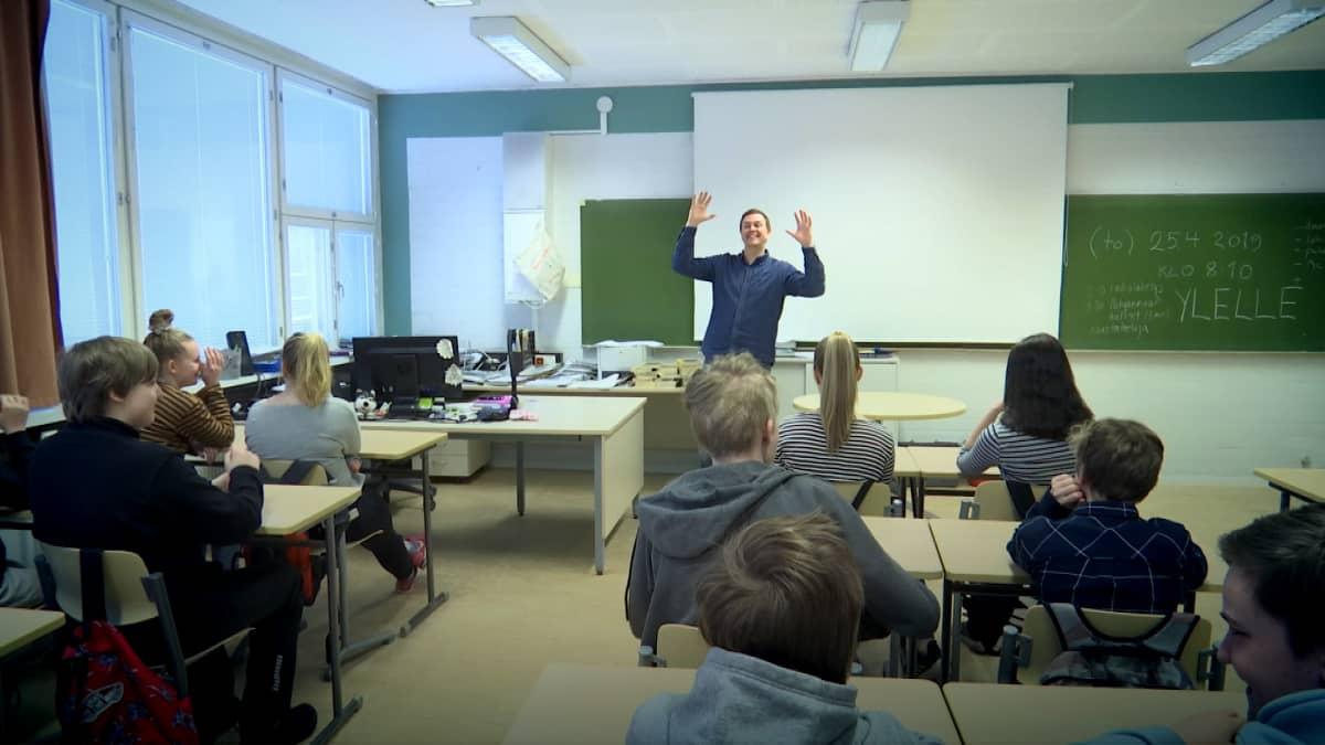 Tuomas Kaukoranta on MC Hylje.