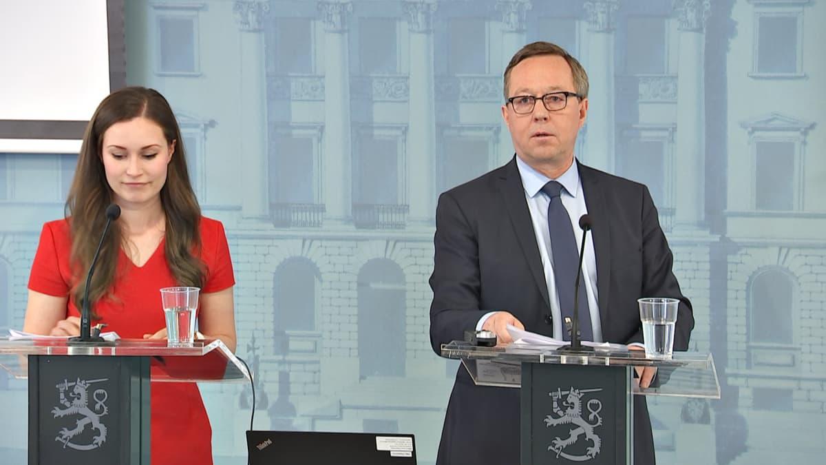 Sanna Marin ja Mika Lintilä.