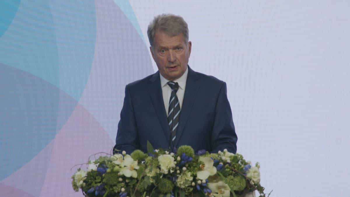 Presidentti Sauli Niinistö suurlähettiläspäivillä