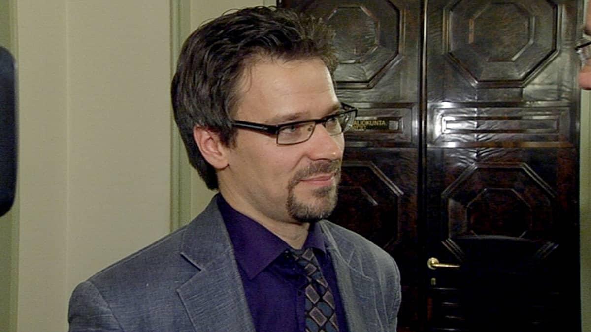 Ville Niinistö Ylen haastattelussa 20. kesäkuuta.