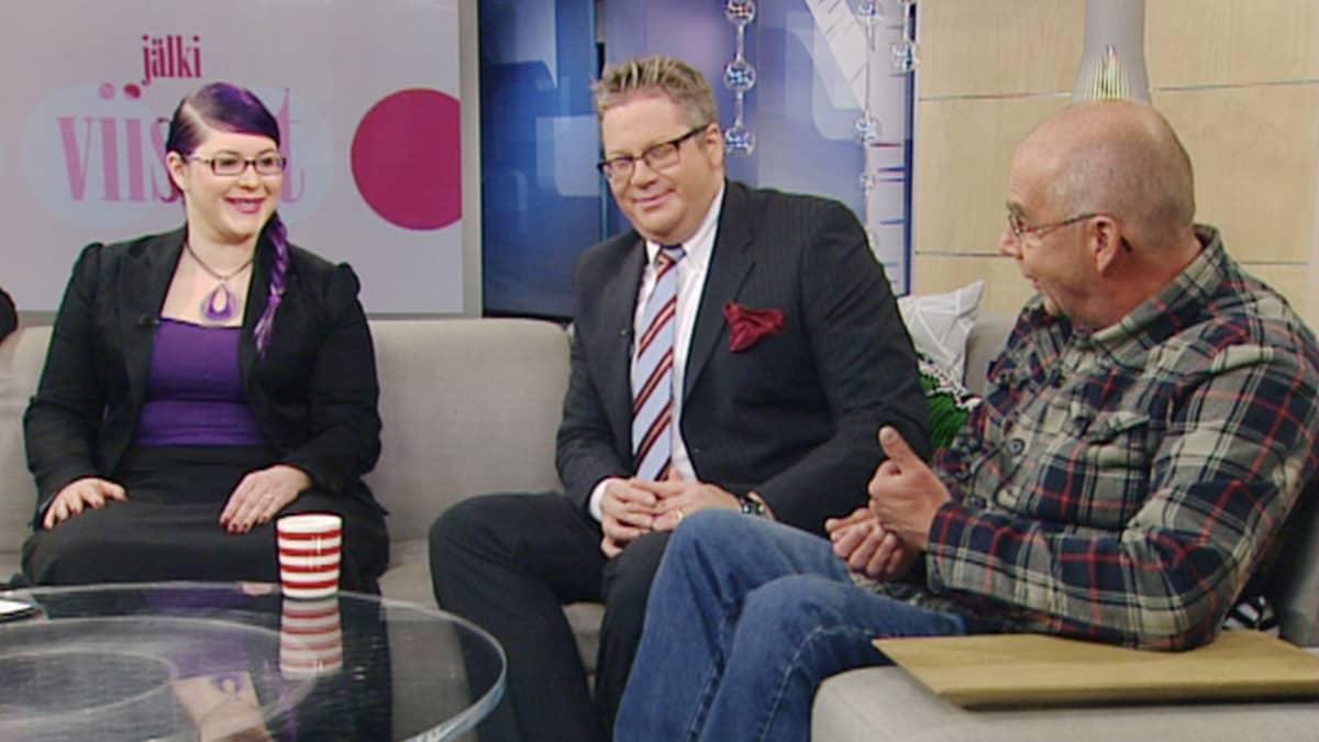 Aamu-tv:n vieraina Maria Pettersson, Jan Erola ja Kalle Isokallio.