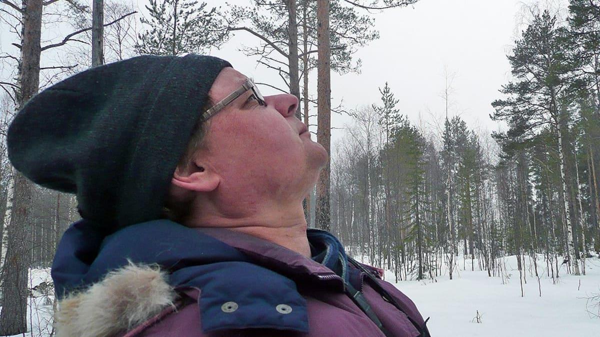 Metsäntutkimuslaitoksen vanhempi tutkija Esa Huhta