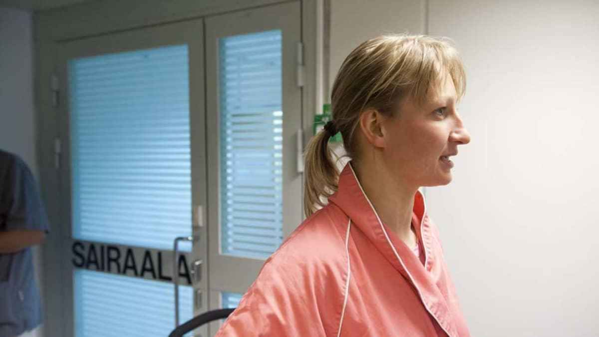 Tanja Poutiainen kuvassa