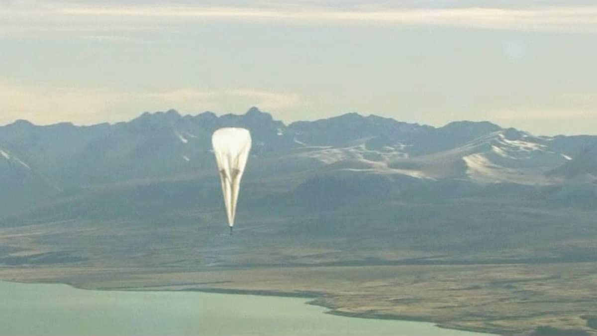 Googlen heliumpallo Uudessa-Seelannissa.