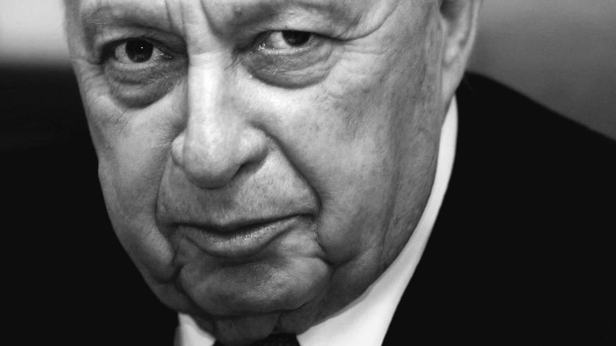 Ariel Sharon joulukuussa 2003.