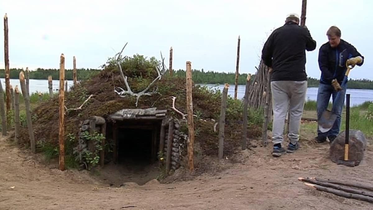 Kivikautinen sauna Kierikin kivikautisessa kylässä
