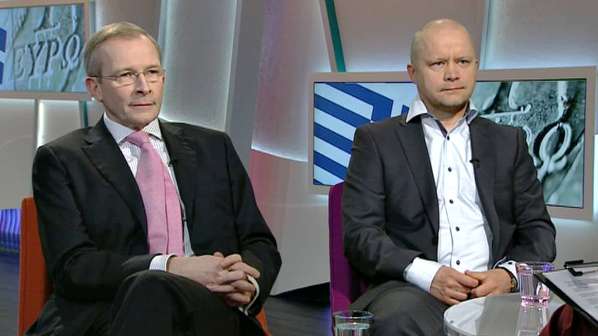 Risto E.J. Penttilä ja Aki Kangasharju.