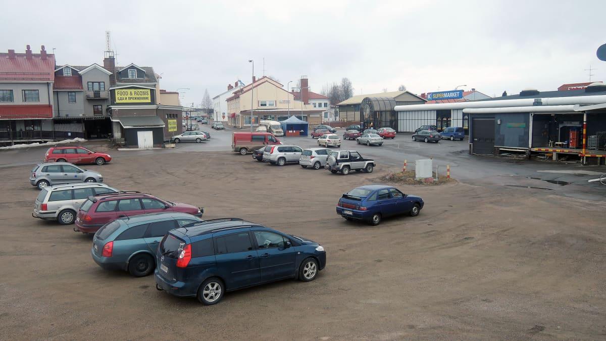 K-Supermarket Kauppapaikan laajennus tulee tälle parkkipaikalle
