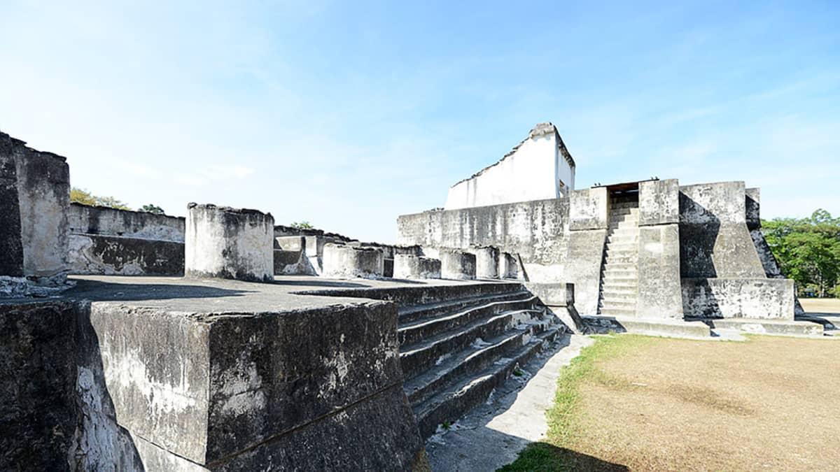 Zacaleu autioitui sen jälkeen kun espanjalaiset valtasivat alueen maya-intiaaneilta 1500-luvulla.