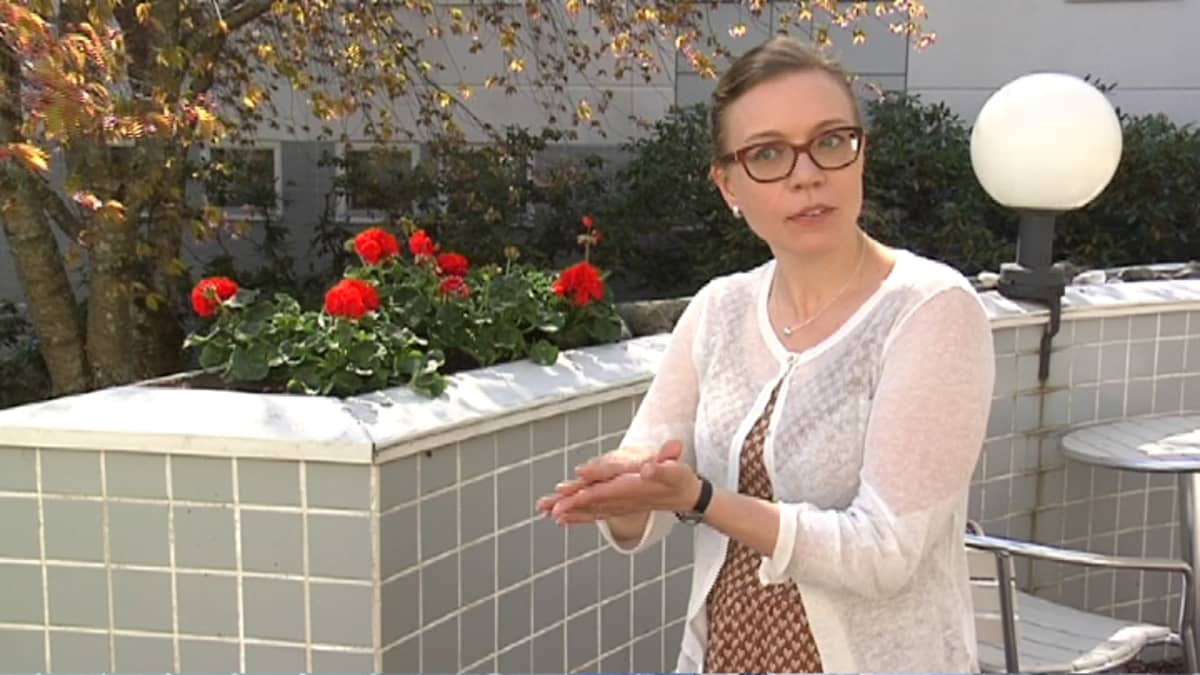 Vertais- ja vapaaehtoistoiminnan vahvistaminen -vastuualueen johtaja Laura Pajunen.
