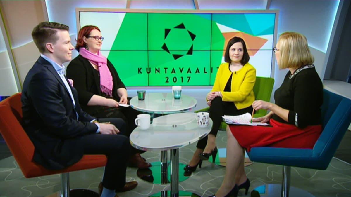 Mikkel Näkkäläjärvi, Pia Lohikoski ja Sanni Grahn-Laasonen.