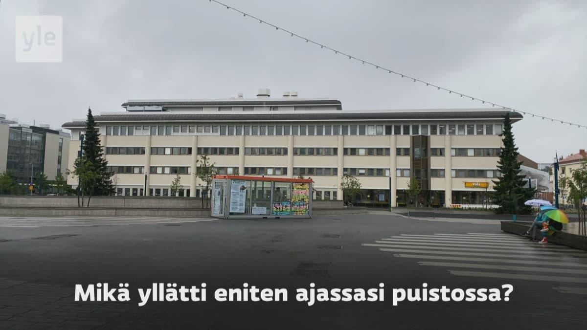 Positiivinen vastaanotto yllätti – Andreas Tolonen keräsi lasikopissa 10 000 euroa hyväntekeväisyyteen