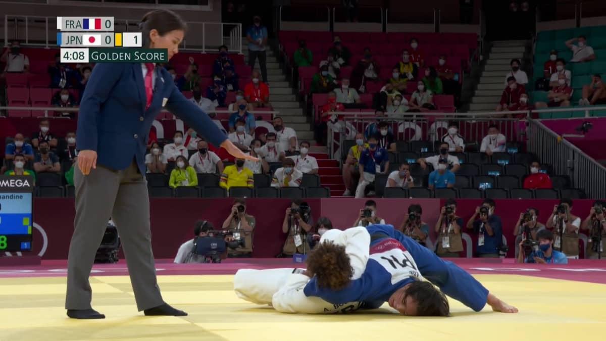 Japanin Uta Abe voittaa ensimmäisen olympiakultansa